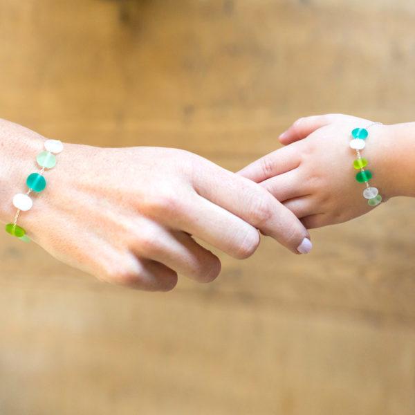bracelets mère et fille couleur vert et bleu