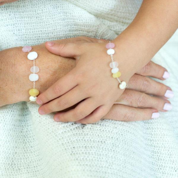 Bracelet Mère et fille aux couleurs douces